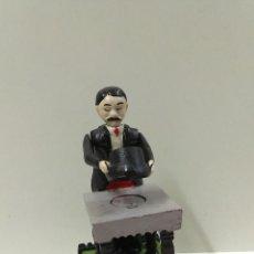 Juguetes antiguos de hojalata: HUCHA MAGICIAN BANK . HIERRO COLADO . MIRAR MARCAJES. Lote 44272246
