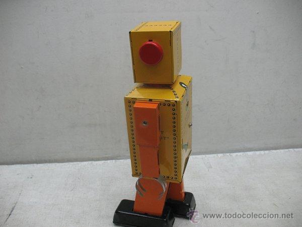 Juguetes antiguos de hojalata: Liliput - Robot de hojalata con mecanismo a cuerda N.P 5357 - Foto 3 - 44879744