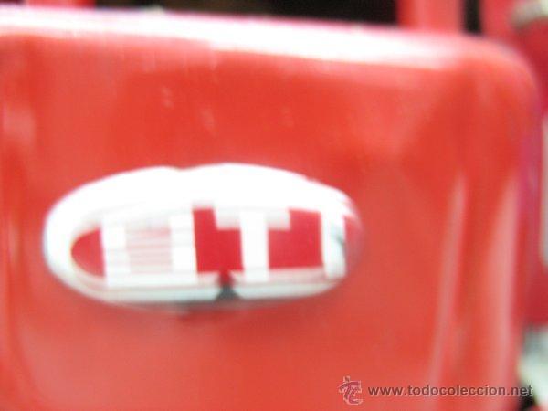 Juguetes antiguos de hojalata: Fire Truck - Antiguo camión de bomberos fabricado en China - Foto 8 - 44893560