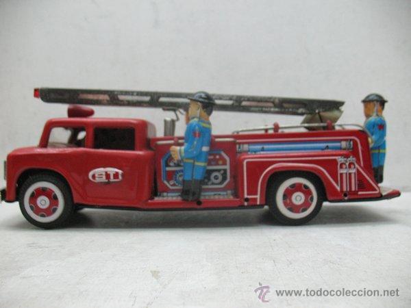 Juguetes antiguos de hojalata: Fire Truck - Antiguo camión de bomberos fabricado en China - Foto 10 - 44893560