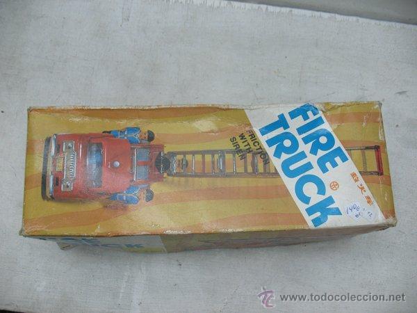 Juguetes antiguos de hojalata: Fire Truck - Antiguo camión de bomberos fabricado en China - Foto 12 - 44893560