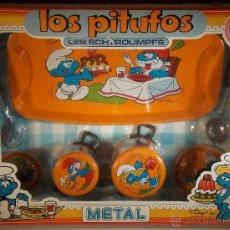 Juguetes antiguos de hojalata: ANTIGUO MENAJE DE COCINA HOJALATA // LOS PITUFOS // LES SCHTROUMPFS // PSE AÑOS 80. Lote 45667936