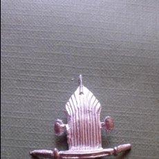 Juguetes antiguos de hojalata: DINKY TOYS CRYISLER AIRFLOW 30A PARILLA DELANTERA NUEVA REPLICA METAL. Lote 75440993