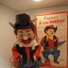 Juguetes antiguos de hojalata: 2 TWO GUN SHERIFF-JUGUETE JAPONES-CONTROL REMOTO-FABRICANTE CRAGSTAN-CON CAJA ORIGINAL FUNCIONANDO. Lote 47402846