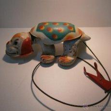 Juguetes antiguos de hojalata: PERRO DE JUGUETE MOBO PUPI. Lote 47589873