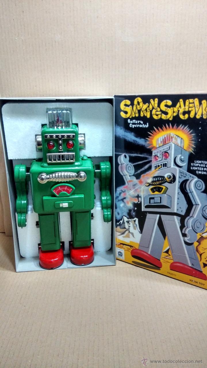 NUEVO A ESTRENAR ROBOT ROBOTS SMOKING SPACE MAN DE HA HA TOYS CON CAJA (Juguetes - Juguetes de Hojalata: Reproducciones y Actuales )