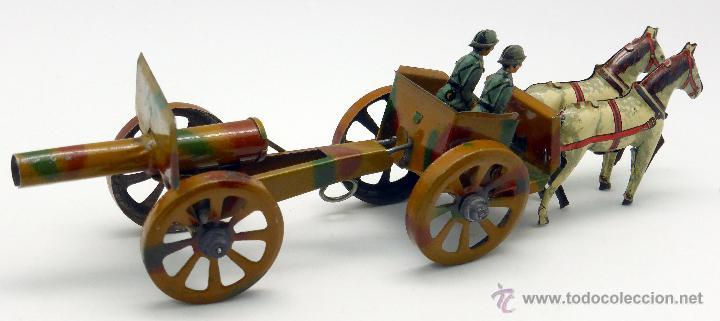 Juguetes antiguos de hojalata: Carro cañón tiro caballos conducido por dos soldados hojalata litografiada Made in Germany años 30 - Foto 2 - 48611300