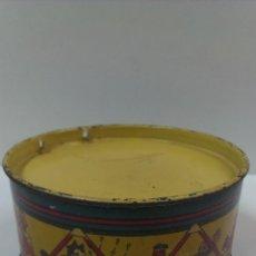 Juguetes antiguos de hojalata: TAMBOR DE HOJALATA LITOGRAFIADA. MARCA: RICO. NUMERO 301 DEL CATALOGO. Lote 48671339