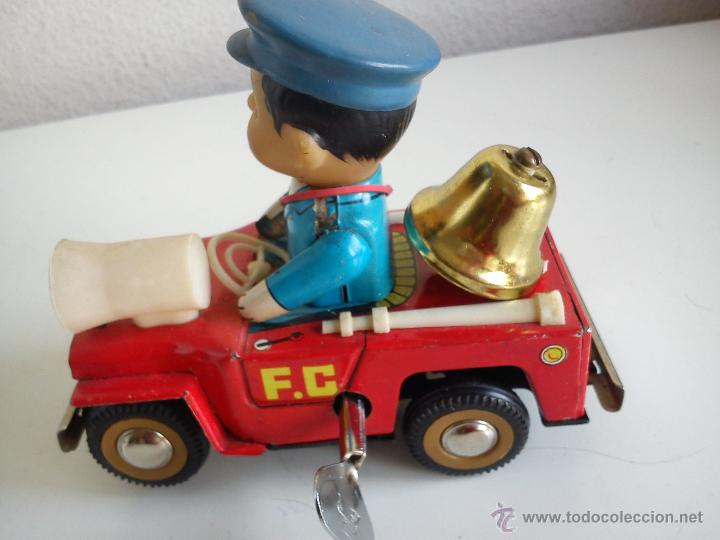 Juguetes antiguos de hojalata: PRECIOSO COCHE PARA COLECION CON EL POLICIA SELADO 653 MS 884MAD CHINE - Foto 5 - 49362159