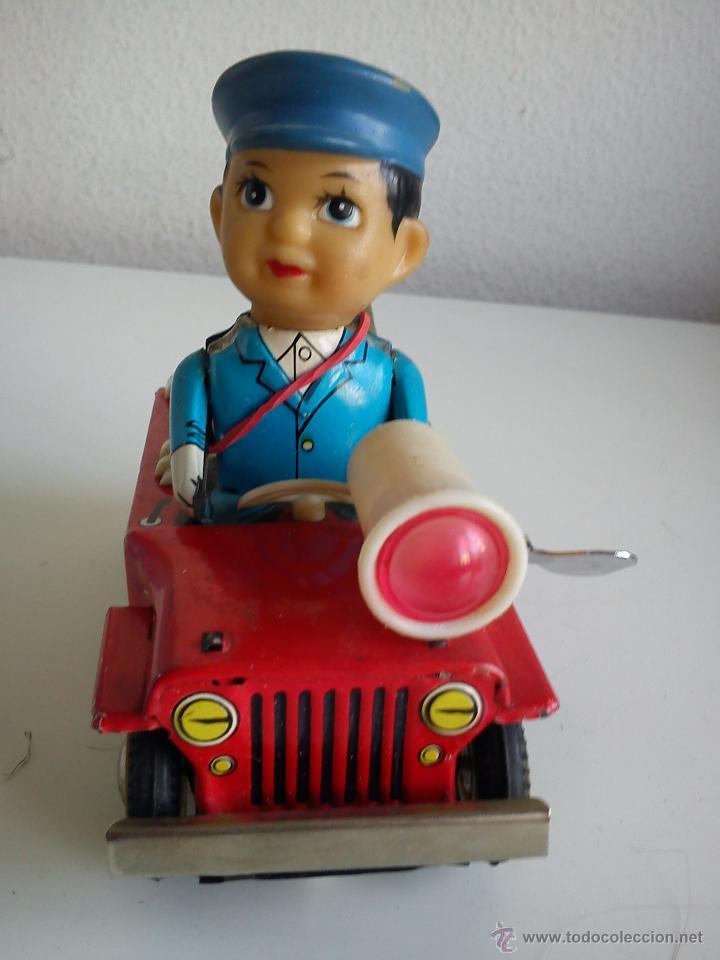Juguetes antiguos de hojalata: PRECIOSO COCHE PARA COLECION CON EL POLICIA SELADO 653 MS 884MAD CHINE - Foto 9 - 49362159