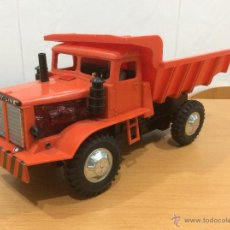 Juguetes antiguos de hojalata: CAMION TOMY VOLQUETE AÑOS 60 30 CMS MADE IN JAPAN. Lote 51325112