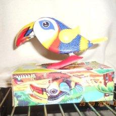 Juguetes antiguos de hojalata: ANTIGUO PICA PICA CON PIPA AÑOS 60 DE RICO EN SU CAJA ORIGINAL .. Lote 51596626