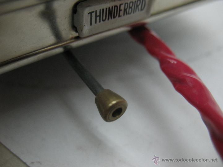 Juguetes antiguos de hojalata: Cragstan - Antiguo coche descapotable japonés FORD THUNDERBIRD metálico con mecanismo a pilas - Foto 9 - 52149334