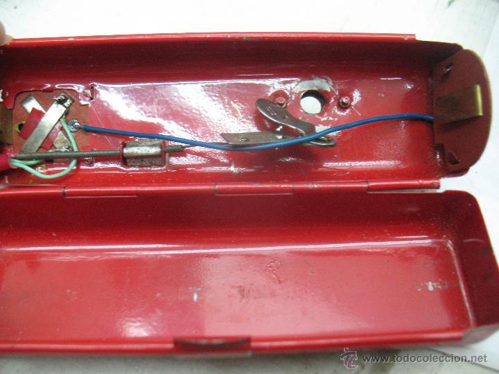 Juguetes antiguos de hojalata: Cragstan - Antiguo coche descapotable japonés FORD THUNDERBIRD metálico con mecanismo a pilas - Foto 13 - 52149334