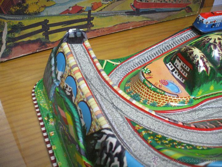 Juguetes antiguos de hojalata: MARKE TECHNOFIX 312 ROCKY MOUNTAINS TRAIN, CIRCUITO DE HOJALATA JUGUETE ALEMAN AÑOS 60 * MUY RARO * - Foto 15 - 53088094