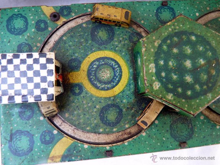 Juguetes antiguos de hojalata: PRECIOSO JUGUETE ANTIGUO DE METAL ESTACIÓN DE AUTOBUSES - Foto 3 - 53839873