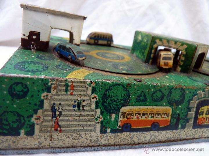 Juguetes antiguos de hojalata: PRECIOSO JUGUETE ANTIGUO DE METAL ESTACIÓN DE AUTOBUSES - Foto 8 - 53839873