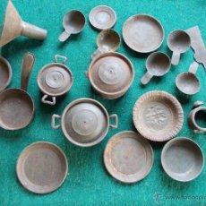 Juguetes antiguos de hojalata: LOTE DE MINIATURAS DE COCINA DE LATA MUY ANTIGUAS. Lote 54363637