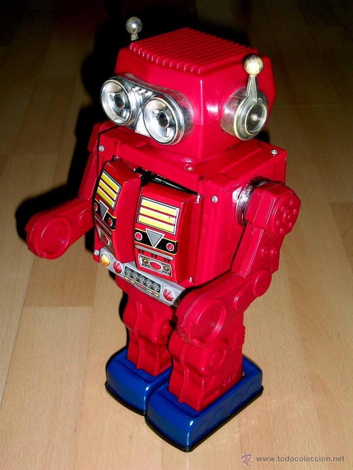 ROBOT SUPER ASTRONAUT SPACE 30 CMS, LATA Y PLÁSTICO, JAPAN SH HORIKAWA, AÑOS 60. FUNCIONANDO. (Juguetes - Juguetes Antiguos de Hojalata Extranjeros)