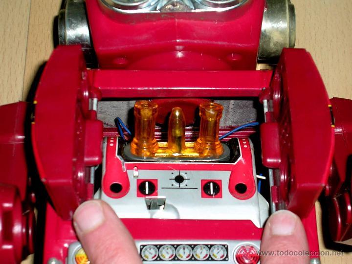 Juguetes antiguos de hojalata: Robot Super Astronaut space 30 cms, lata y plástico, Japan SH Horikawa, años 60. Funcionando. - Foto 2 - 54587619