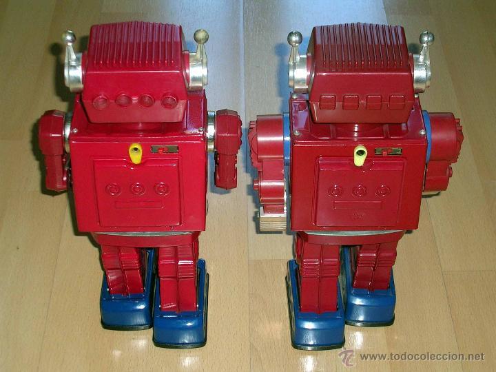 Juguetes antiguos de hojalata: Robot Super Astronaut space 30 cms, lata y plástico, Japan SH Horikawa, años 60. Funcionando. - Foto 12 - 54587619