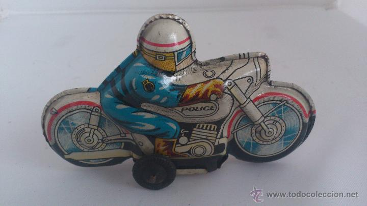 Juguetes antiguos de hojalata: MOTO HOJALATA POLICIA, MADE IN JAPAN, MEDIDAS 10 X 6 X 3 CM - Foto 2 - 54885567