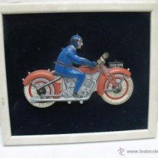 Juguetes antiguos de hojalata: SFA PARIS - ANTIGUA MOTO (LA MITAD) 2139-RP9 DE HOJALATA FABRICADA EN FRANCIA EN MARCO. Lote 54974152