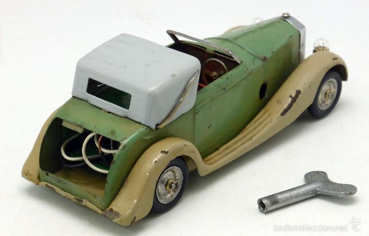 Juguetes antiguos de hojalata: Automóvil descapotable Minic Toys Made in England hojalata a cuerda Funciona - Foto 2 - 56503971