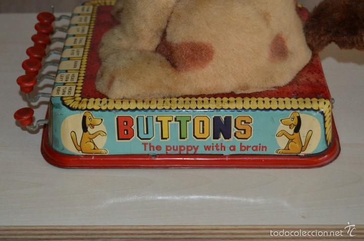 Juguetes antiguos de hojalata: BUTTONS: THE PUPPY WITH A BRAIN - JAPAN - 1961 - AUTOMATA ANTIGUA A PILAS - Foto 9 - 56596196