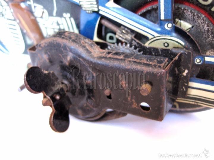 Juguetes antiguos de hojalata: MOTO MOTOCICLETA DE HOJALATA ARNOLD A 643 A CUERDA. ALEMANIA AÑOS 30 ORIGINAL - Foto 6 - 56964572