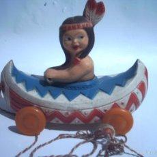 Juguetes antiguos de hojalata: BREKAR -15 CM - ARRASTRE INDIA EN CANOA - ?? CELULOIDE - PLASTICO ??. Lote 56985730