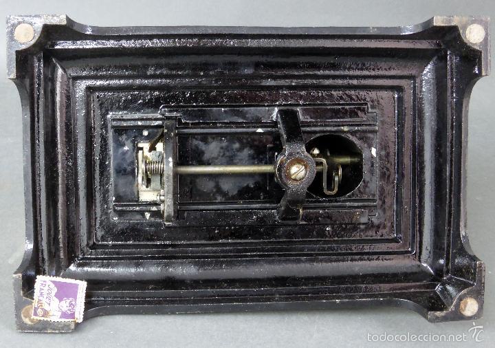 Juguetes antiguos de hojalata: Máquina de coser Baby París Hierro litografíado Unis France años 30 no funciona - Foto 6 - 57185093