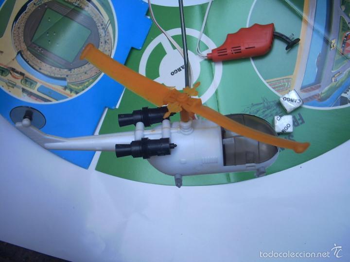 Juguetes antiguos de hojalata: SOS HELICOPTER CARGO LIFT - ILLCO - HONG -KONG-rescate - Foto 4 - 57364976