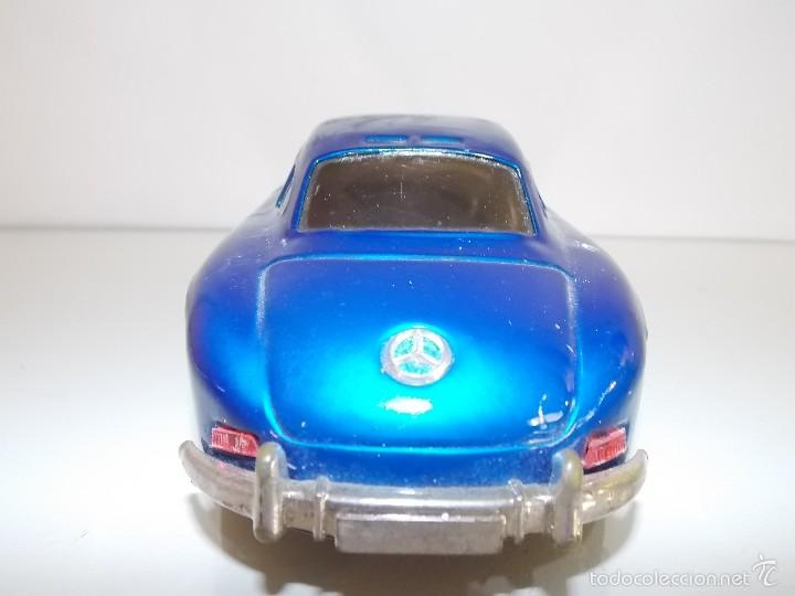 Juguetes antiguos de hojalata: Mercedes hojalata // toy tin car vintage // Made in Japan - Foto 4 - 57803595
