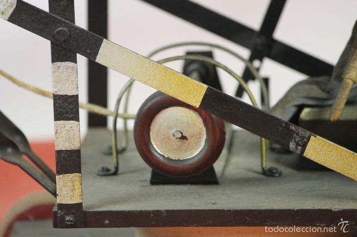 Juguetes antiguos de hojalata: EXCAVADORA ARTICULADA. JUGUETE EN HOJALATA. ESPAÑA. PRINCIPIOS SIGLO XX. - Foto 27 - 57951892