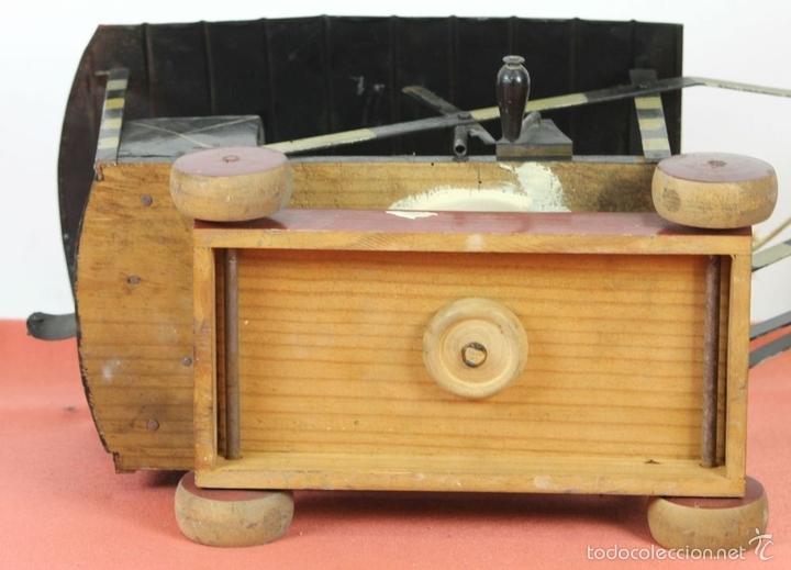 Juguetes antiguos de hojalata: EXCAVADORA ARTICULADA. JUGUETE EN HOJALATA. ESPAÑA. PRINCIPIOS SIGLO XX. - Foto 31 - 57951892