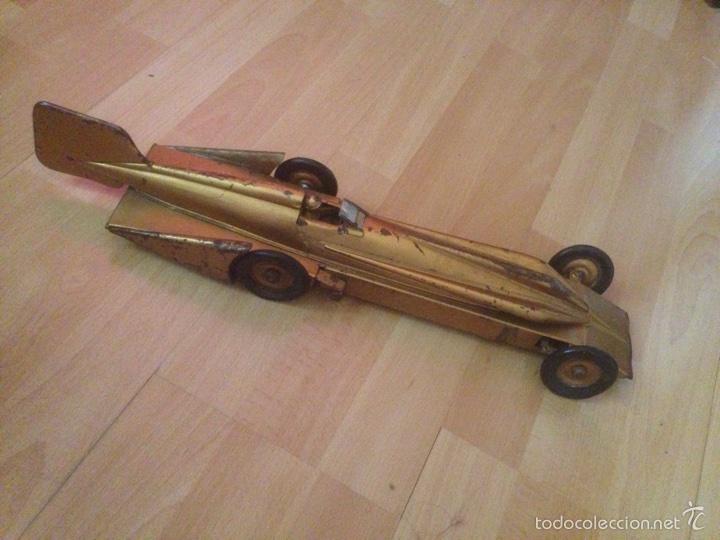 Juguetes antiguos de hojalata: Antiguo coche de hojalata a cuerda golden arrow flecha de oro.mide 50 cm - Foto 6 - 58437282