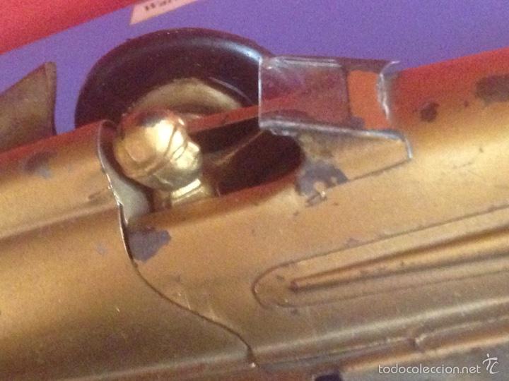 Juguetes antiguos de hojalata: Antiguo coche de hojalata a cuerda golden arrow flecha de oro.mide 50 cm - Foto 12 - 58437282