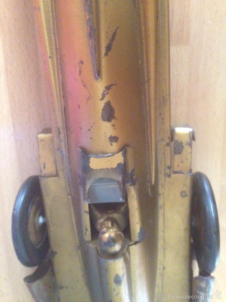 Juguetes antiguos de hojalata: Antiguo coche de hojalata a cuerda golden arrow flecha de oro.mide 50 cm - Foto 20 - 58437282