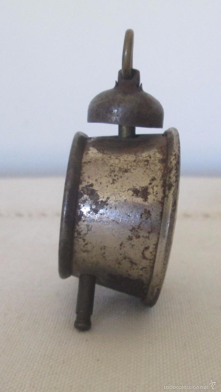 Juguetes antiguos de hojalata: Antiguo mini reloj en lata - Foto 3 - 58447837