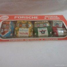 Brinquedos antigos de folha-de-Flandres: CAJA CON 4 COCHE COCHES PORCHE METÁLICO A FRICCIÓN DE PAYVA - NUEVO , SIN USO - AÑOS 70. Lote 172933704