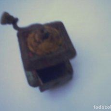 Juguetes antiguos de hojalata: PENNY TOYS-MOLINILLO HOJALATA RSA - RICO-PAYA. Lote 62208828