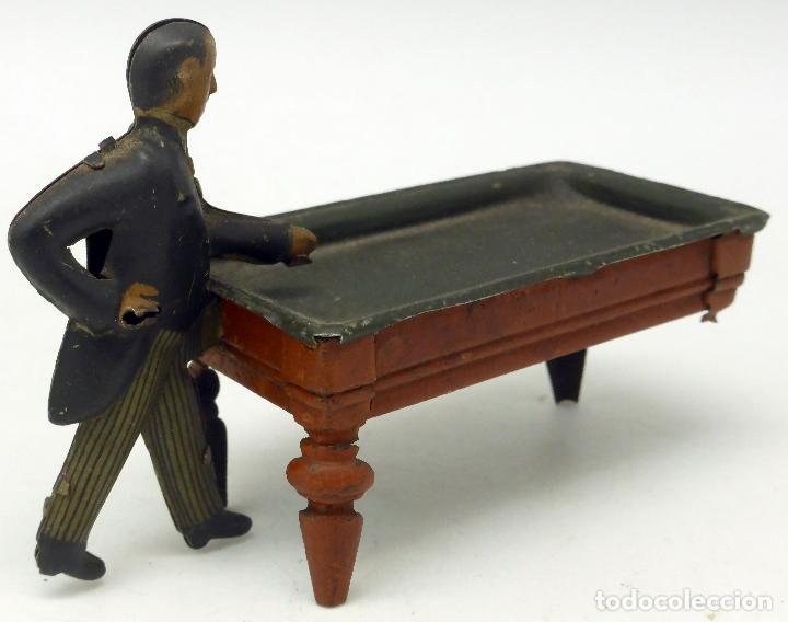 Juguetes antiguos de hojalata: Jugador billar con mesa Verdu y Cía hojalata litografiada hacia 1915 - Foto 4 - 63907931