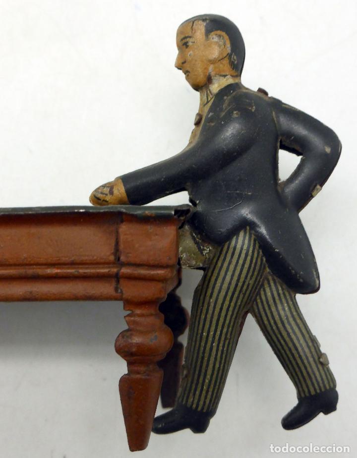 Juguetes antiguos de hojalata: Jugador billar con mesa Verdu y Cía hojalata litografiada hacia 1915 - Foto 8 - 63907931