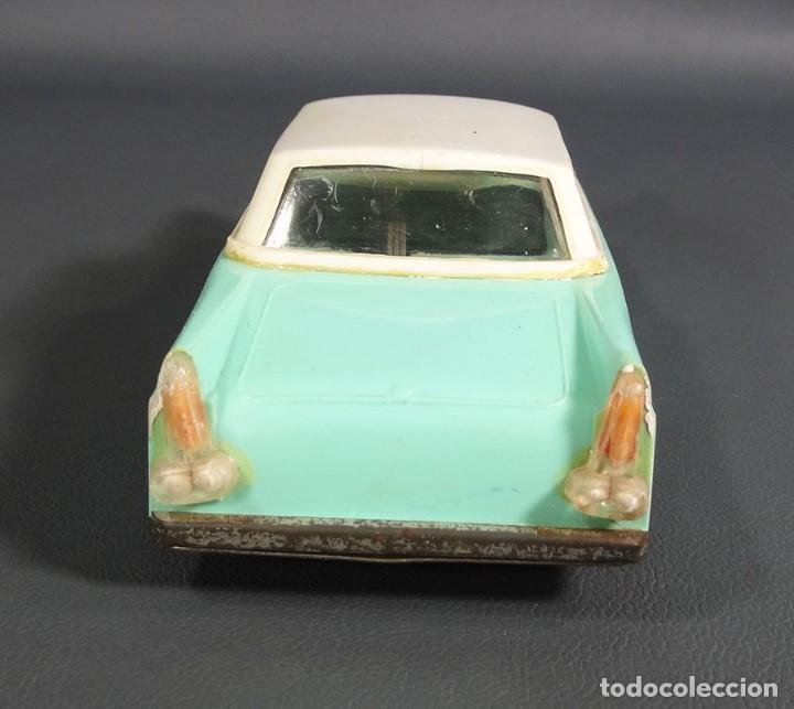 Juguetes antiguos de hojalata: antiguo coche juguete de plastico ruso Limusina sovietica - Foto 4 - 64128523