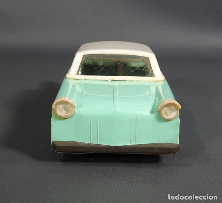 Juguetes antiguos de hojalata: antiguo coche juguete de plastico ruso Limusina sovietica - Foto 5 - 64128523