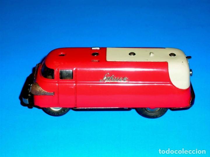 Juguetes antiguos de hojalata: Furgoneta Schuco Varianto Elektro Express 3114, eléctrico, made in Germany, original años 50. - Foto 3 - 68954725