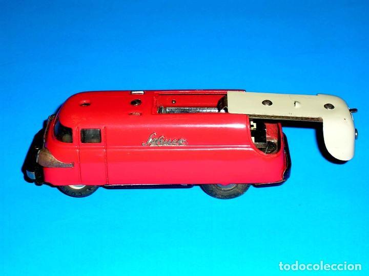Juguetes antiguos de hojalata: Furgoneta Schuco Varianto Elektro Express 3114, eléctrico, made in Germany, original años 50. - Foto 9 - 68954725