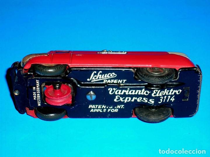 Juguetes antiguos de hojalata: Furgoneta Schuco Varianto Elektro Express 3114, eléctrico, made in Germany, original años 50. - Foto 10 - 68954725