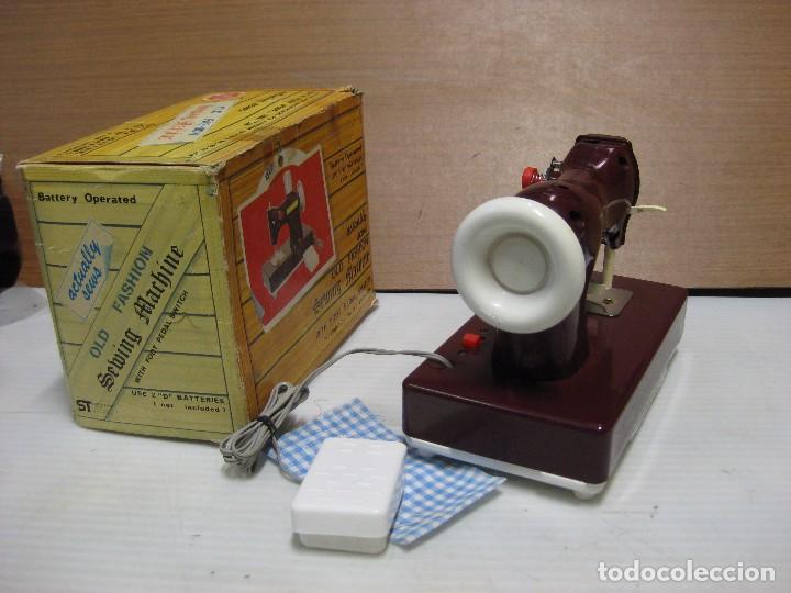 Juguetes antiguos de hojalata: ANTIGUA MÁQUINA DE COSER LITTLE SISTER - JAPÓN - Foto 4 - 69994097